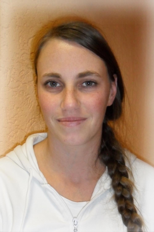 Yvett Riedel, Pflegekraft