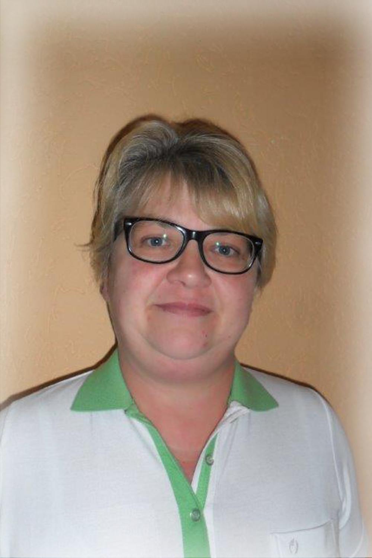 Kathi Hempel-Bytyqi, Pflegekraft