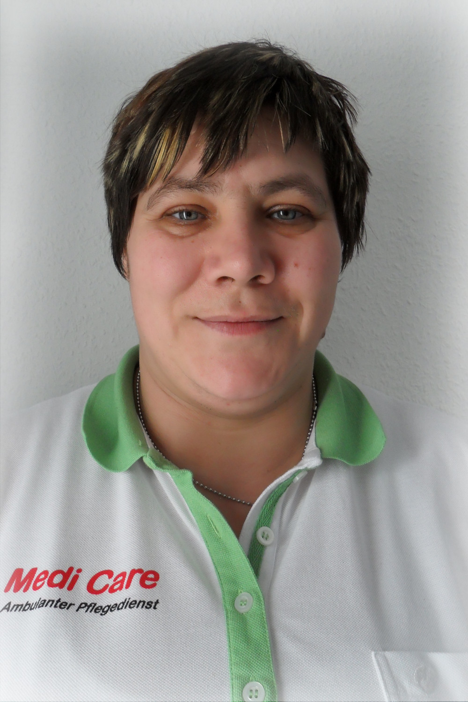 Peggy Gelbe-Yasar, Pflegekraft